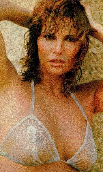 Raquel Welsh Hustler desnuda